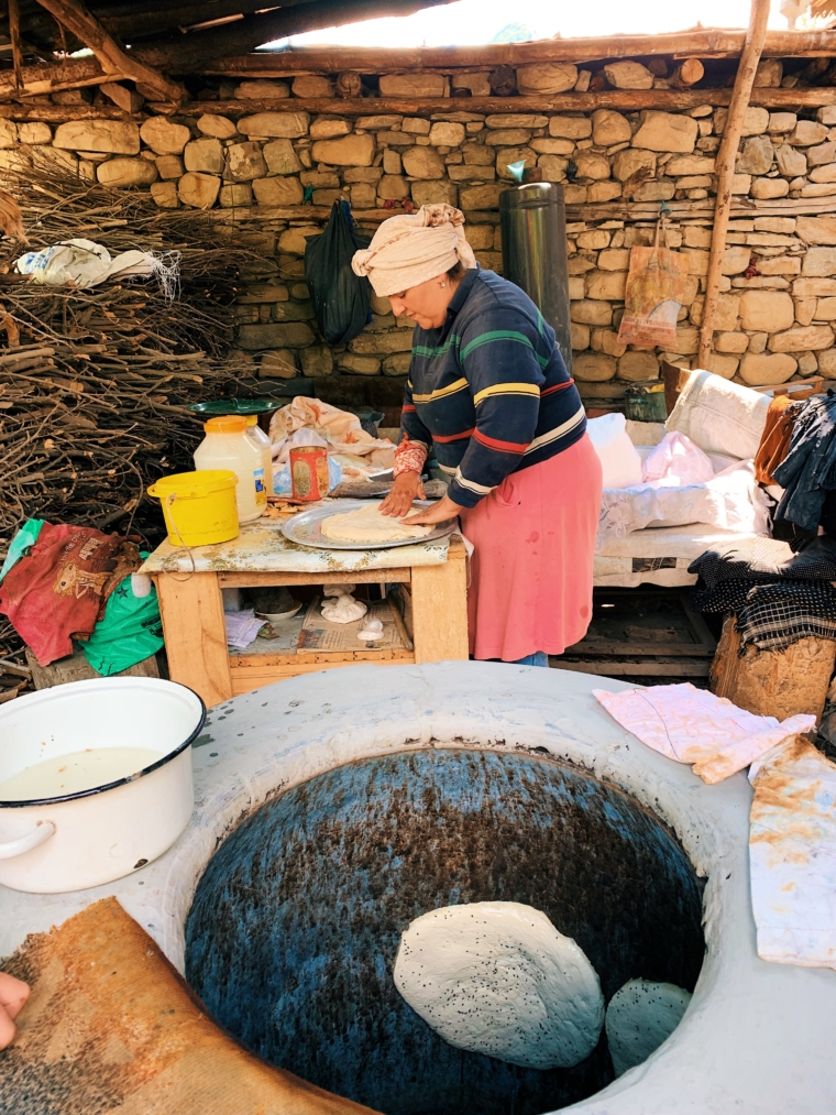 azerbaijan lahij local bread
