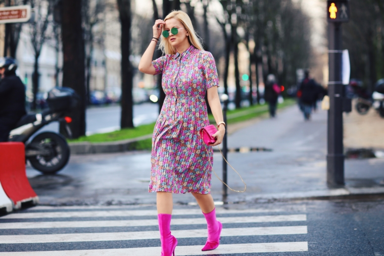 vintage balenciaga style dress streetstyle paris fashion week must have floral print dress