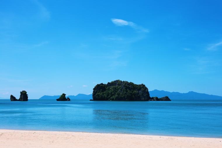 malaysia langkawi beach
