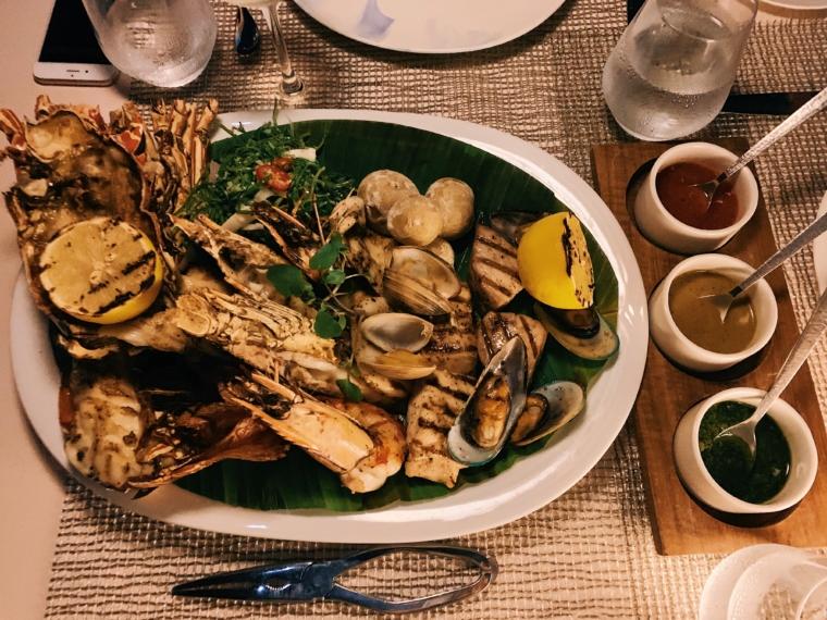 kurumba maldives restaurant seafood