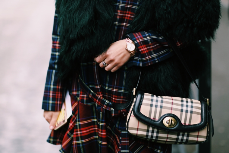 burberry pattern trend 2018 vintage bag typical mix