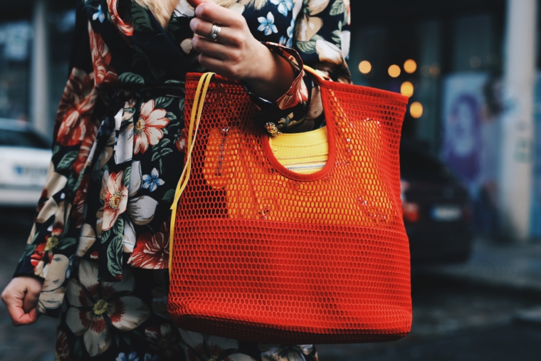 balenciaga yellow bag with net