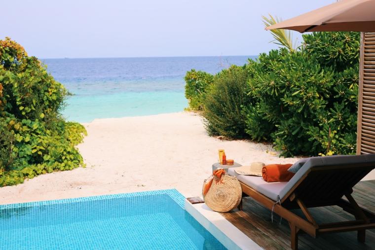 dhigali malediven privat pool und strand