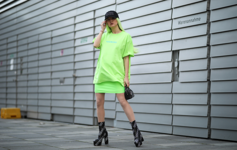 neon green vetements shirt streetstyle star wars high heels boots