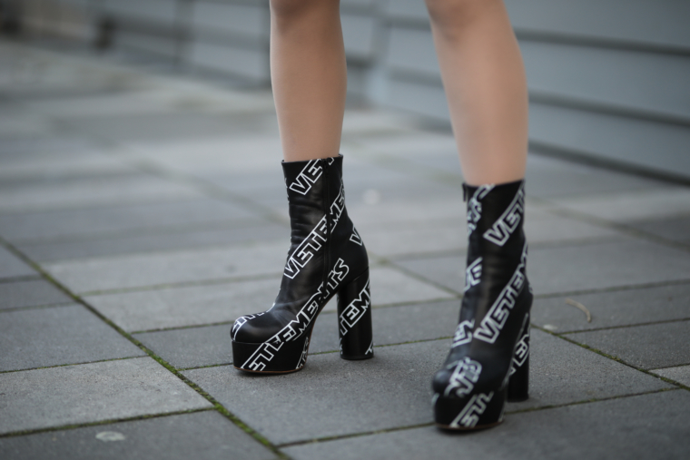 vetements black and white star wars vetements high heels boots streetstyle