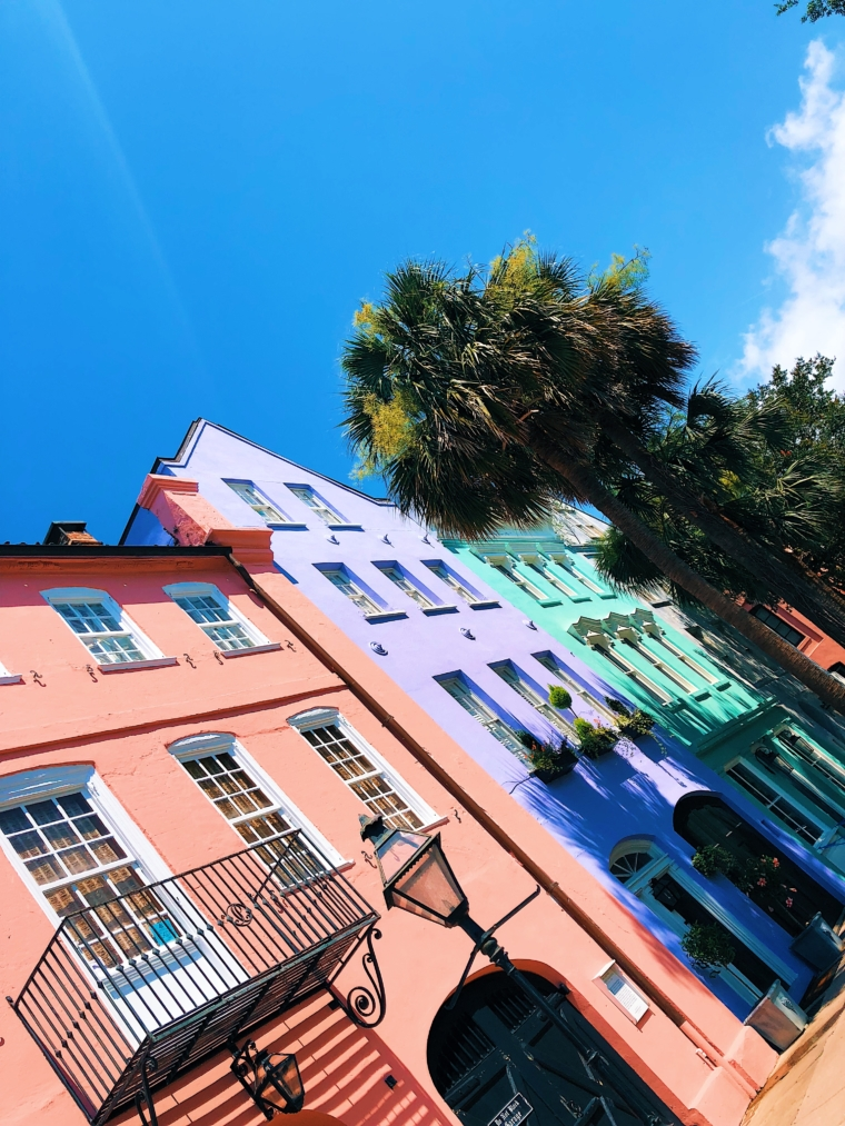 charleston south carolina colorful houses