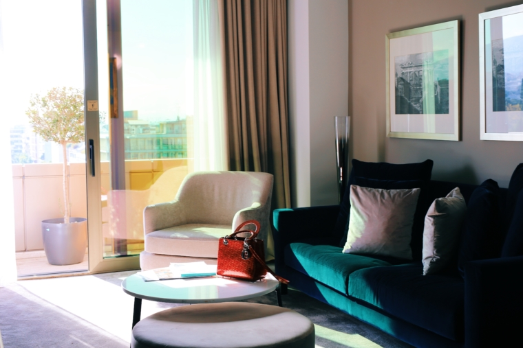 NJV Athens Plaza suite