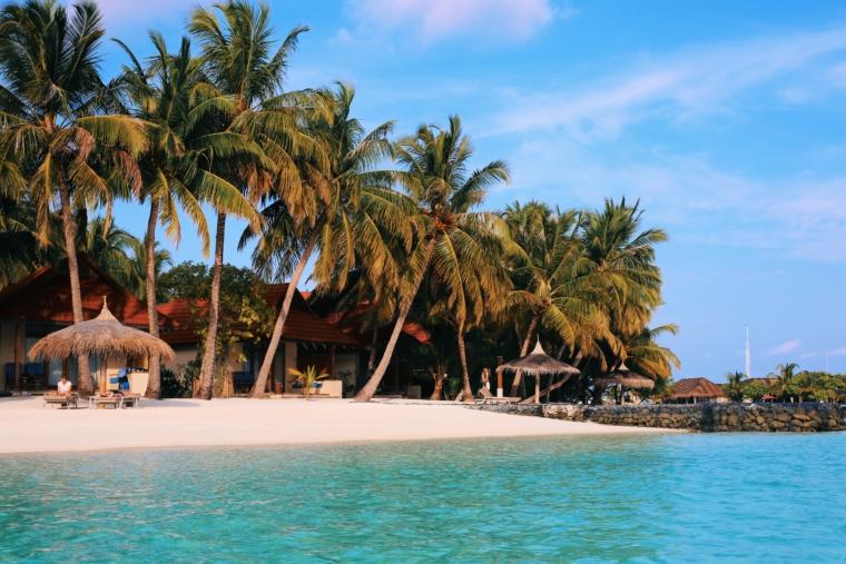 kurumba maldives island review