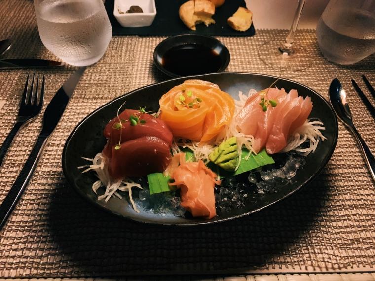 kurumba maldives restaurant sushi
