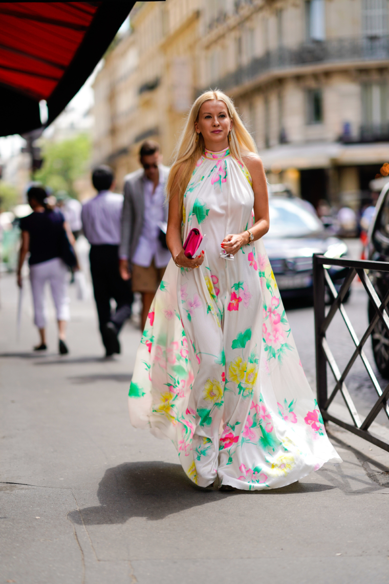 leonard paris silk dress in white with flower print paris fashion week streetstyle