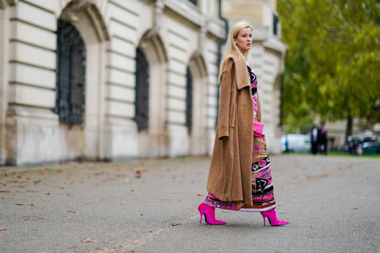 Paris Fashion Week SS 2018 Streetstyle 2017 Leonard Dress Maison Margiela Coat balenciaga pink velvet boots