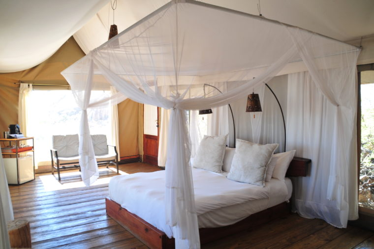 LUXURY HOUSE TENT ERONGO LODGE WILDERNESS