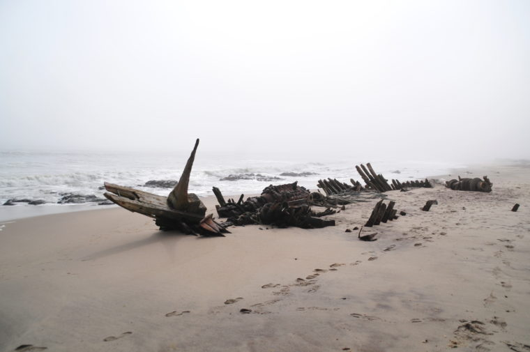 SKALETON COAST SHIP WRECK