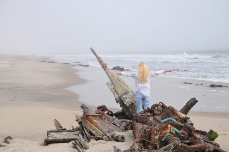 NAMIBIA SKELETON COAST SHIP WRECK