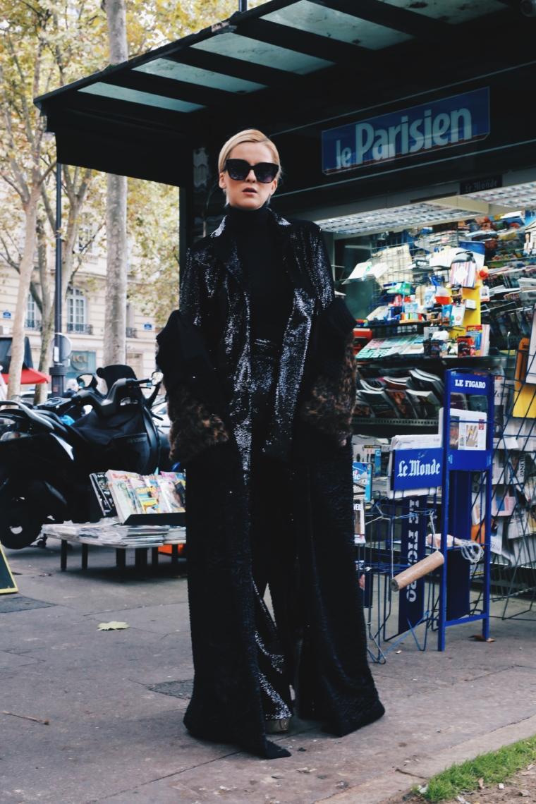 valentin yudashkin paris fashion week streetstyle