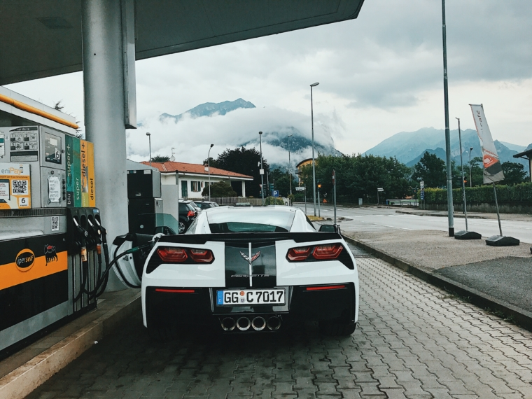 corvette stingray petrol station switzerland italy border mountains view