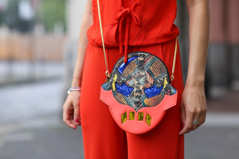 STELLA MCCARTNEY Superhero Clutch Crossbody Bag Multi fashionette