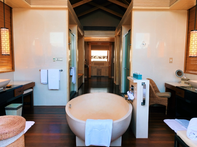 beach villa bathroom Shangri La's Villingili Resort & Spa Maldives