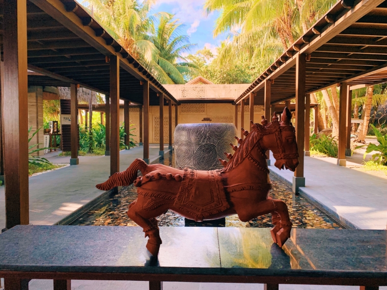 lobby Shangri La's Villingili Resort & Spa Maldives