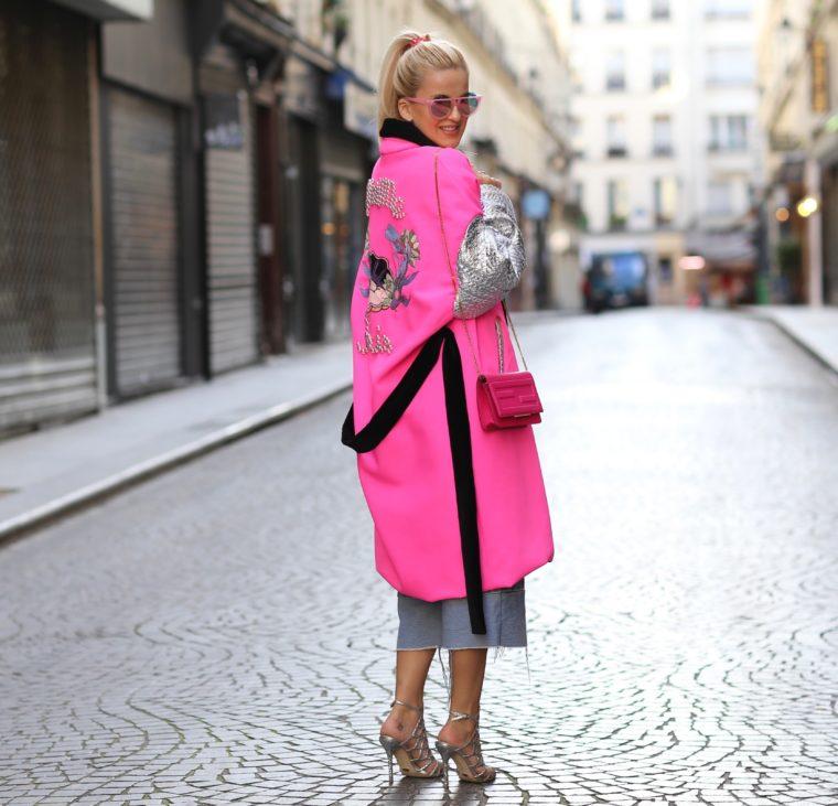 minime paris neon pink coat streetstyle fashionblogger