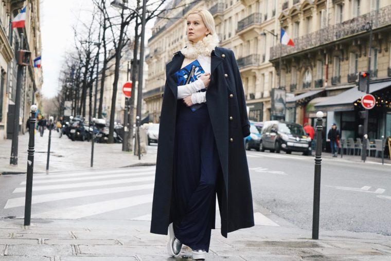 Paris Fashion Week PFW Streetstyle Marks & Spencer Mantel Blau