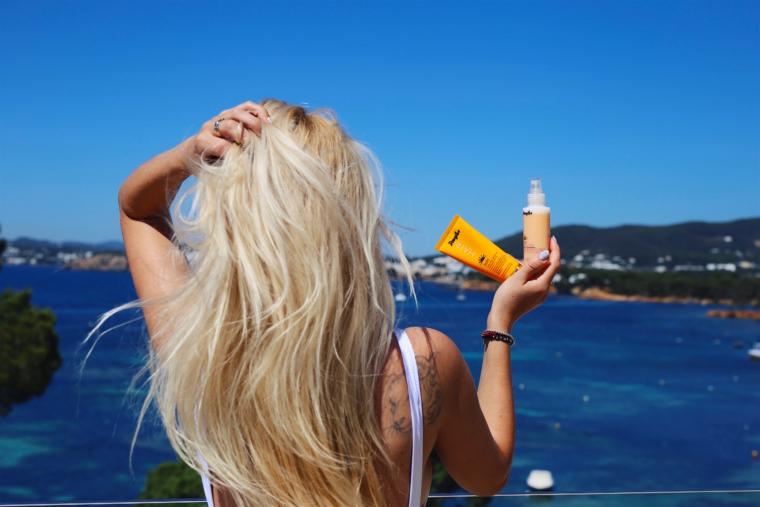 Hair Summer Vacation Beauty Essentials douglas sun